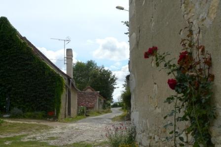 Les hameaux de lurais - La grange des dames angles sur l anglin ...
